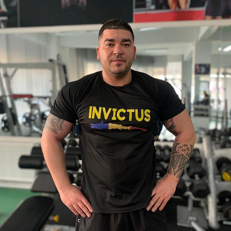 tricou invictus romania